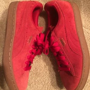🍒 Cherry Red Puma with Gum Sole 🔥